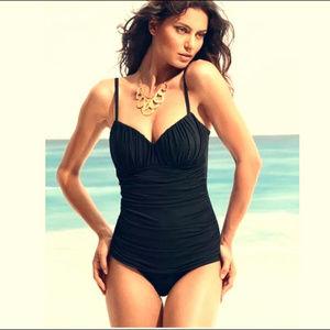 Miraclesuit l Black Rialto Swimsuit Size 8
